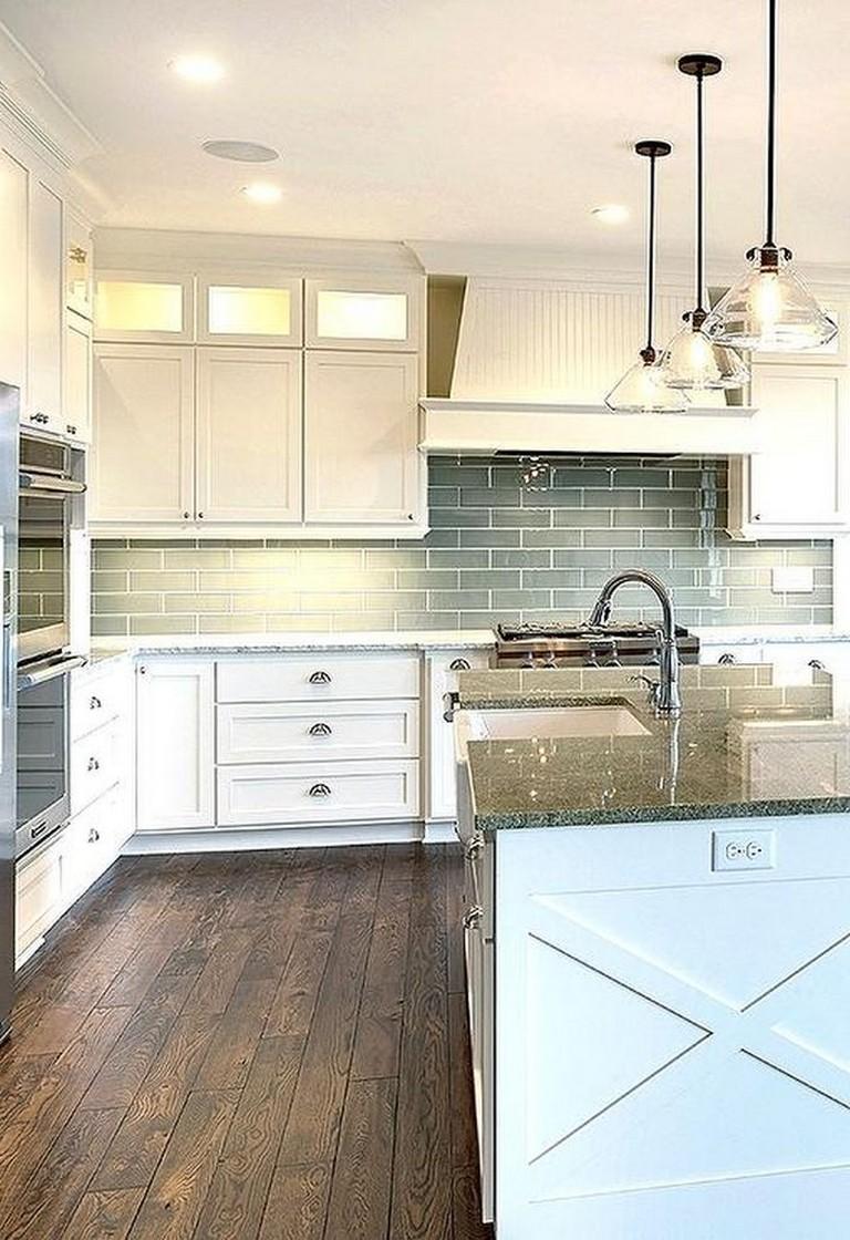 28 Amazing Kitchen Backsplash with White Cabinets Ideas ...