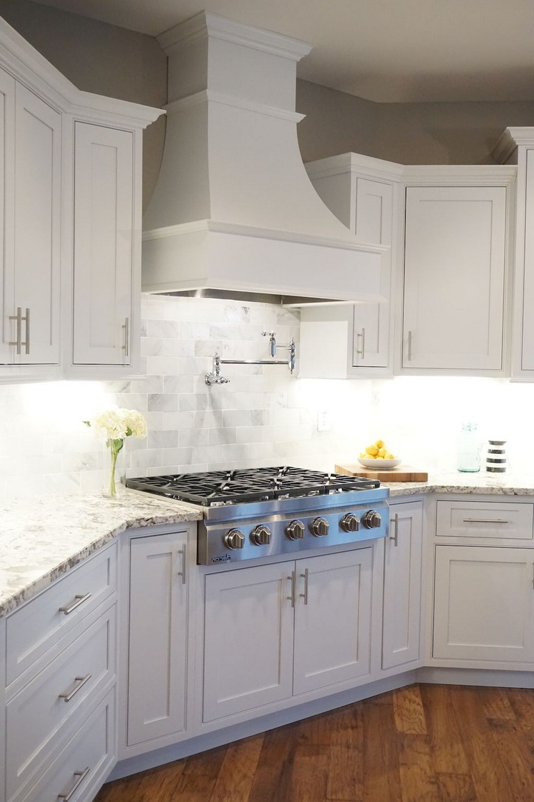 20+ Amazing White Shaker Cabinets Kitchen Ideas