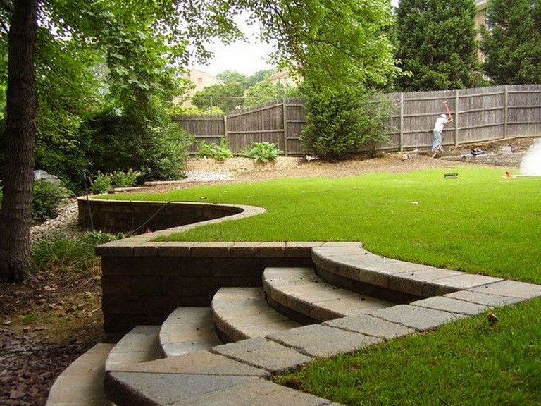 32 Beautiful Front Yard Retaining Wall Ideas Perfect For Your